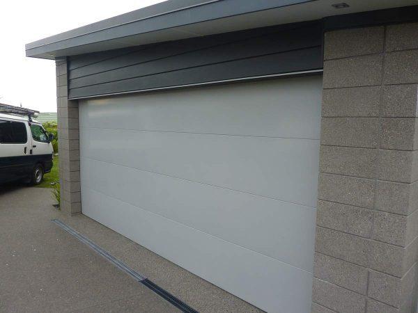 honed-concrete-garage-exterior-wall
